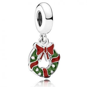 Official Pandora Charms: Christmas Wreath